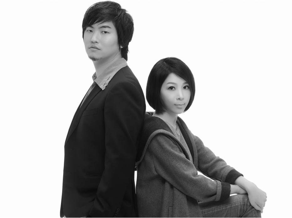 Junpei & lori Tamaki Ligne Roset