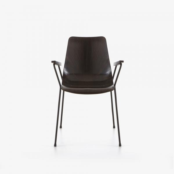 CHAIR WITH ARMS Ligne Roset