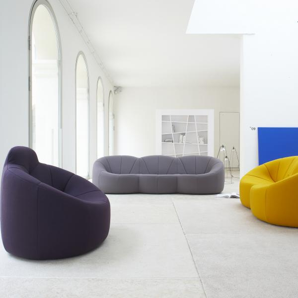 SWIVELLING ARMCHAIR HIGH BACK Ligne Roset