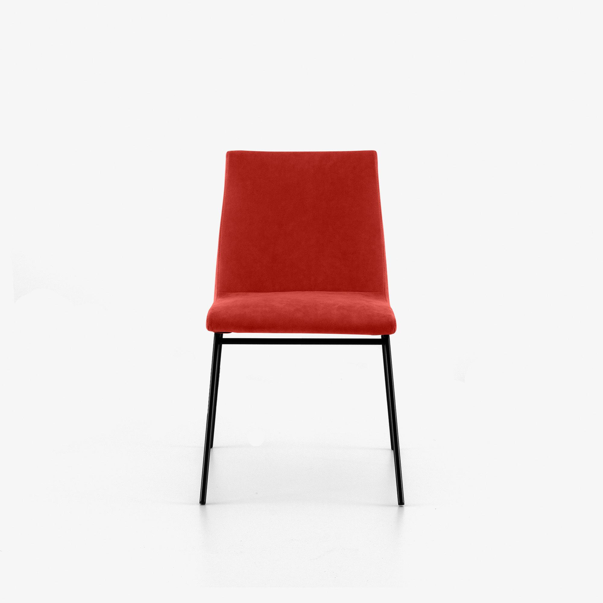 DINING CHAIR BASE IN SATIN-FINISH BLACK LACQUER Ligne Roset