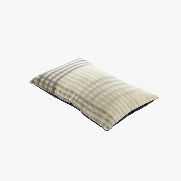 CUSHION WHITE / BLACK Ligne Roset
