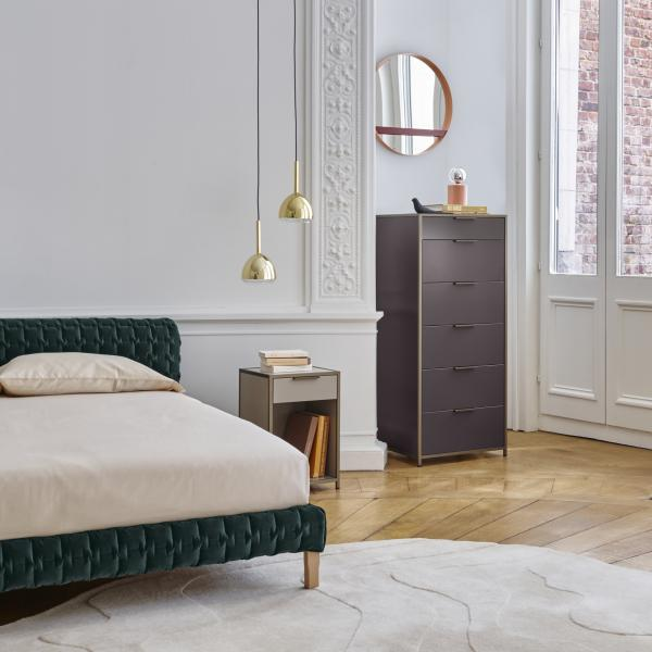 NIGHT CHEST 1 DRAWER RIGHT-HINGED DOOR / PERLE LACQUER Ligne Roset