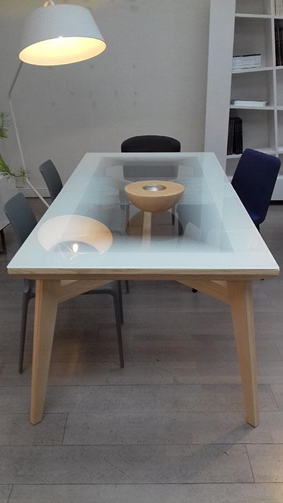 ligne roset ameublement haut de gamme contemporain. Black Bedroom Furniture Sets. Home Design Ideas