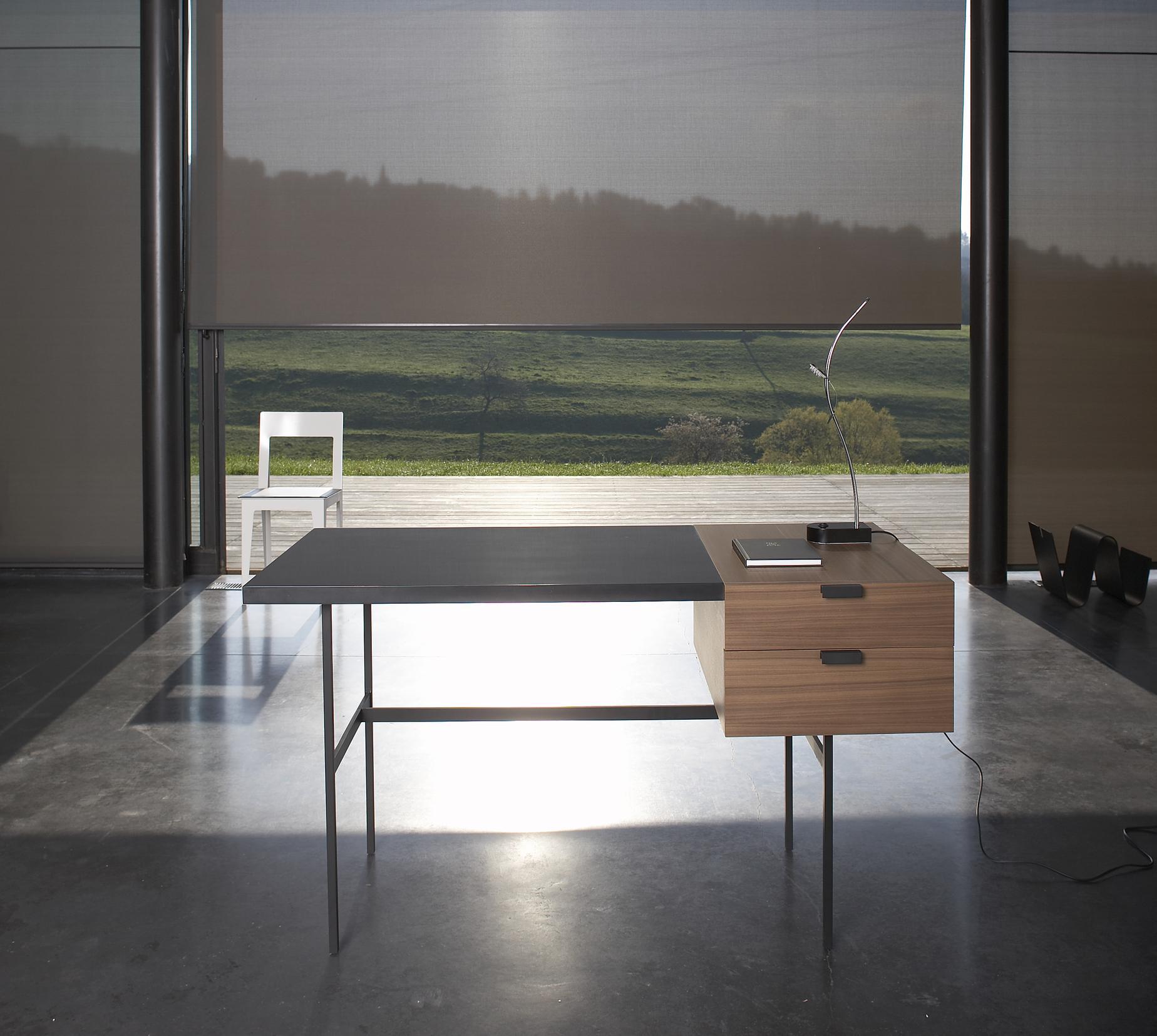 tanis desks secretary from designer pierre paulin ligne roset official site. Black Bedroom Furniture Sets. Home Design Ideas