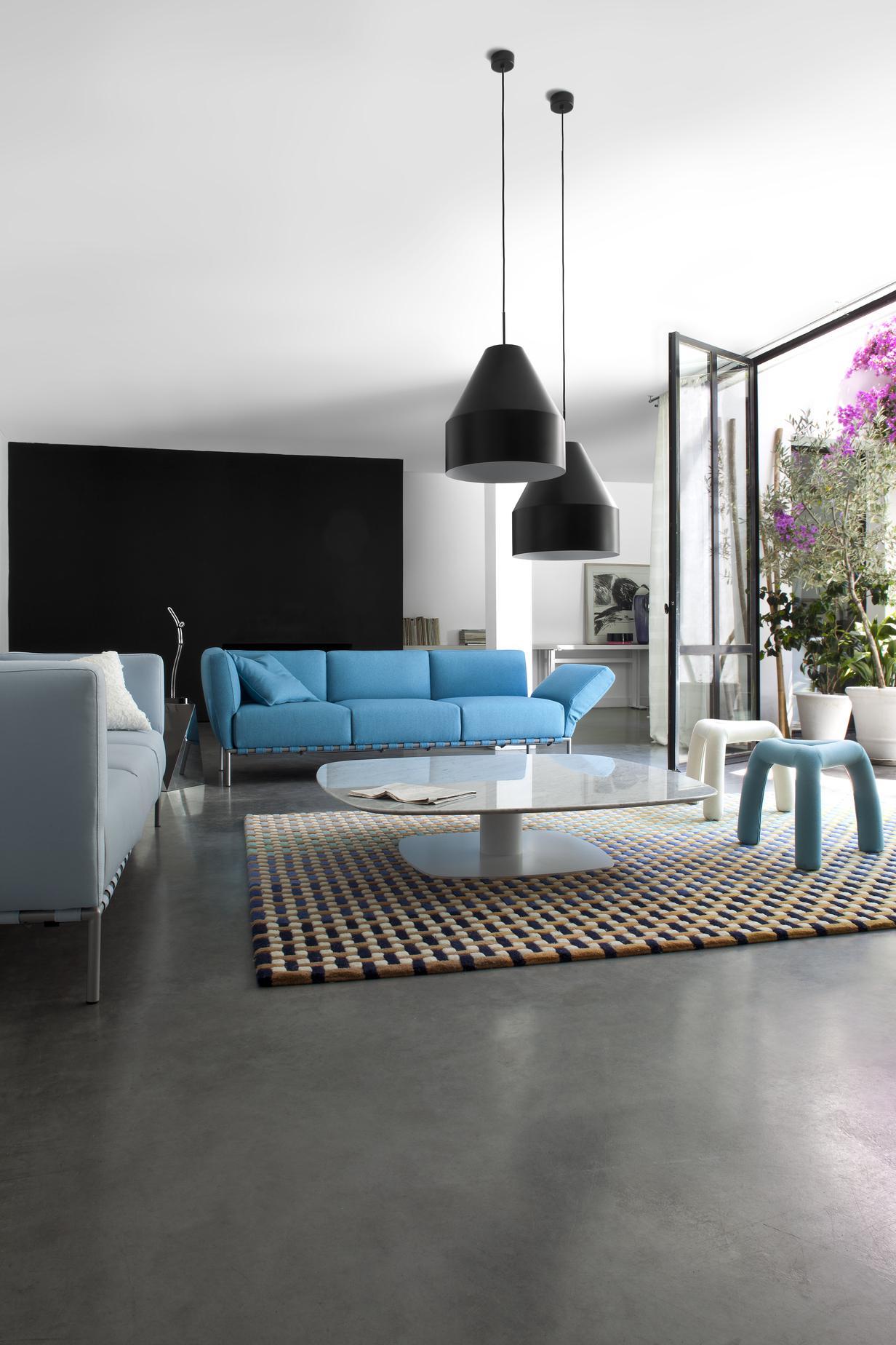 ted sofas designer peter maly ligne roset. Black Bedroom Furniture Sets. Home Design Ideas