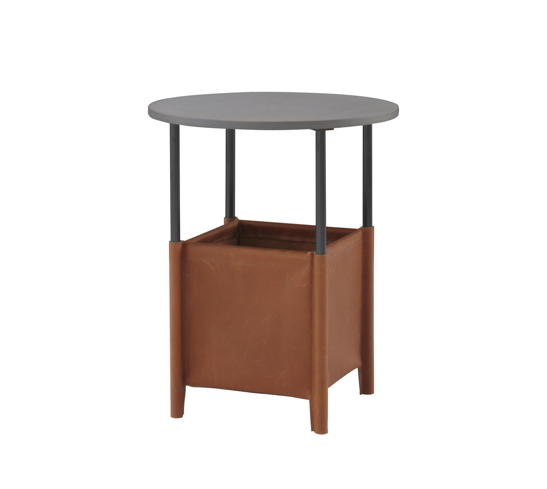 ruch nachttisch designer inga semp ligne roset. Black Bedroom Furniture Sets. Home Design Ideas