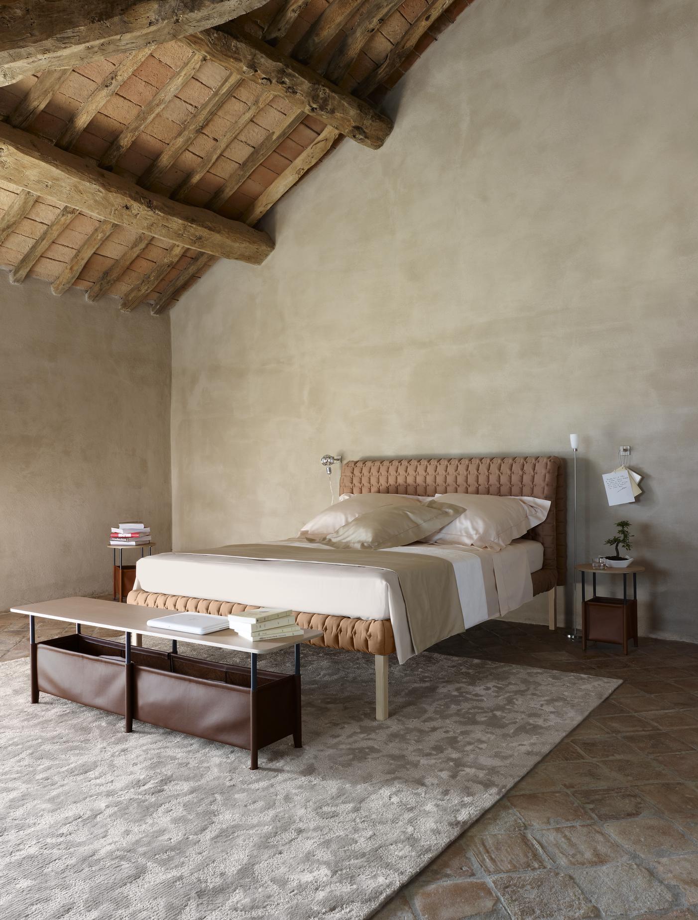 ligne roset peter maly bett nomade express ligne roset. Black Bedroom Furniture Sets. Home Design Ideas