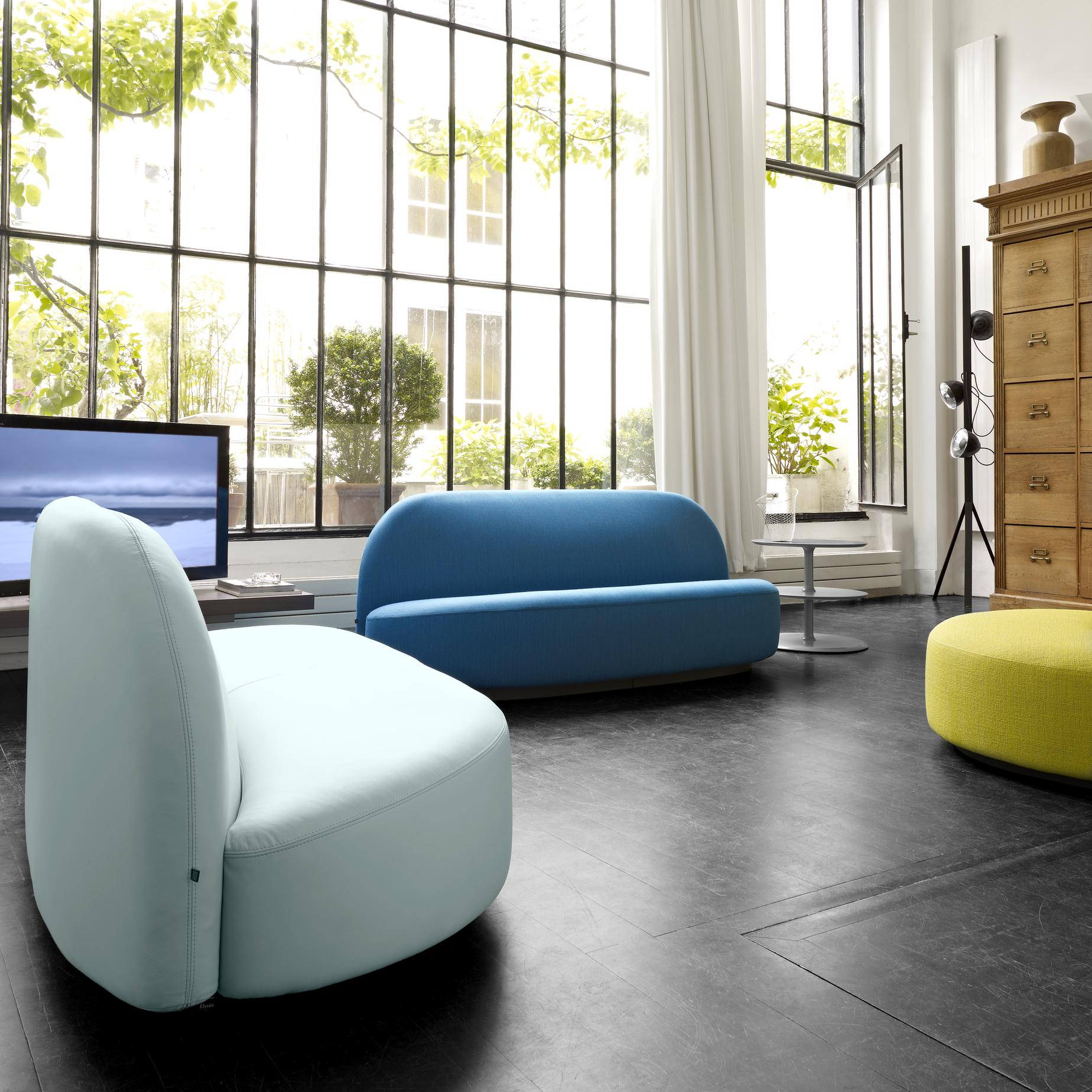 elysee upholstery from designer pierre paulin ligne. Black Bedroom Furniture Sets. Home Design Ideas