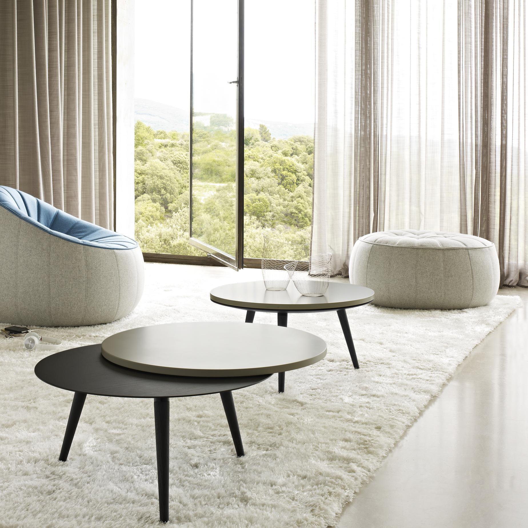 ottoman armchairs from designer no duchaufour lawrance. Black Bedroom Furniture Sets. Home Design Ideas