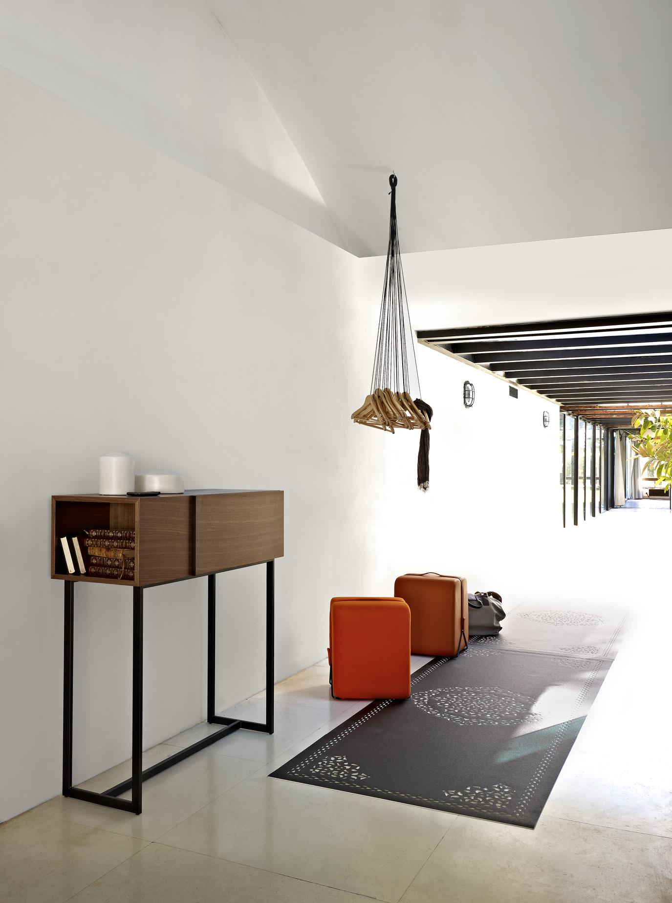 wall figure entry from designer fr d ric ruyant ligne roset official site. Black Bedroom Furniture Sets. Home Design Ideas
