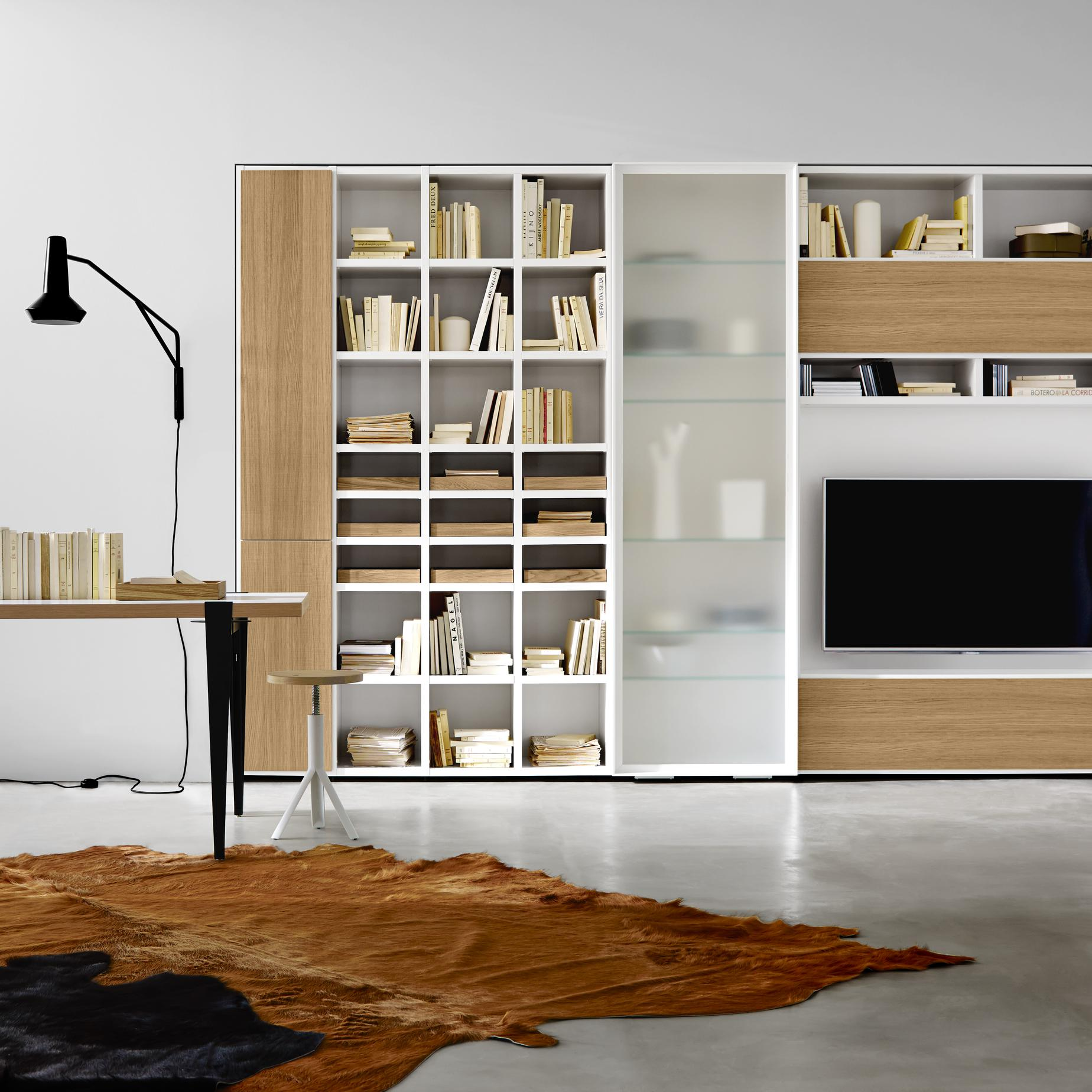 et cetera media storage from designer pagnon pelha tre ligne roset official site. Black Bedroom Furniture Sets. Home Design Ideas