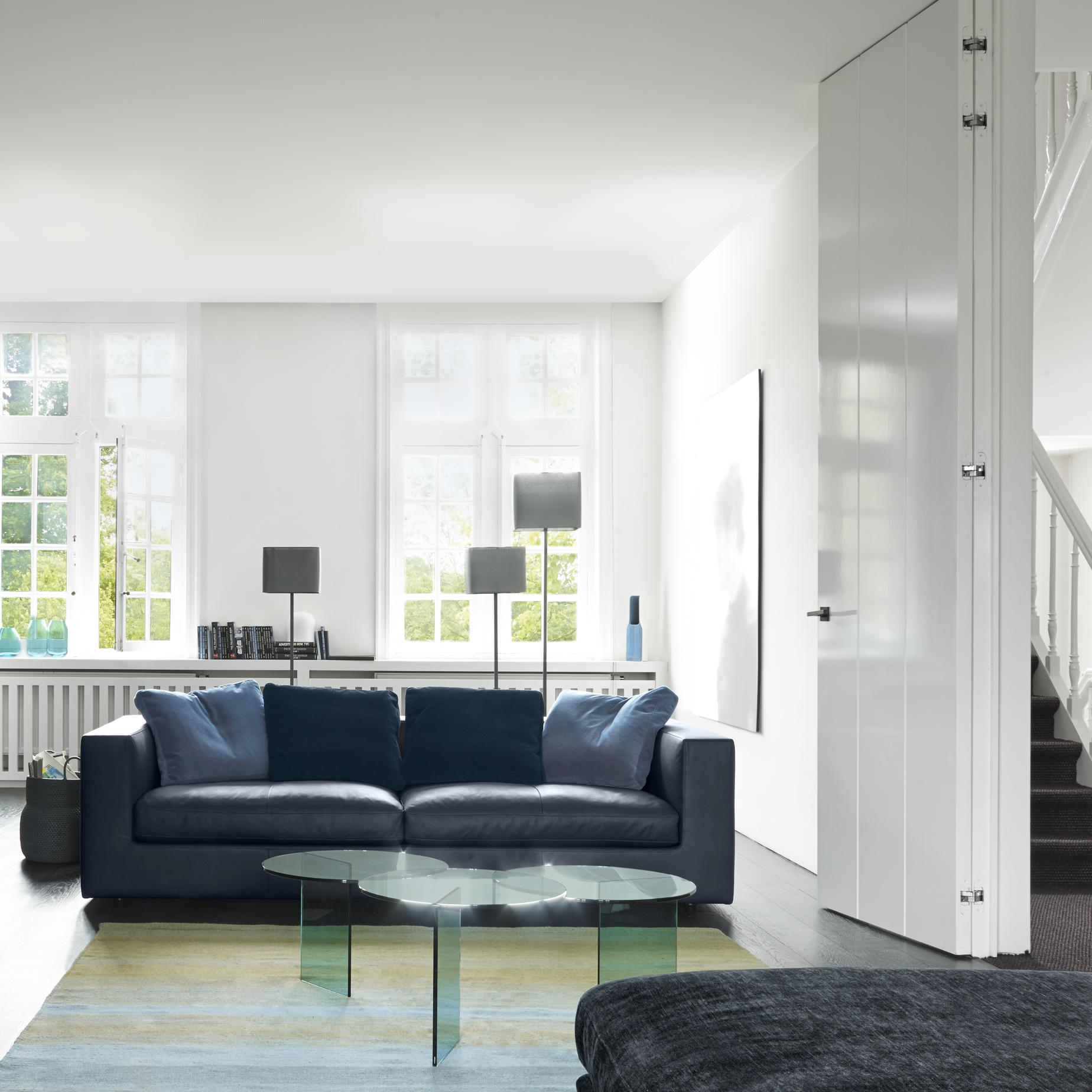 square floor lamps from designer pascal mourgue ligne roset official site. Black Bedroom Furniture Sets. Home Design Ideas
