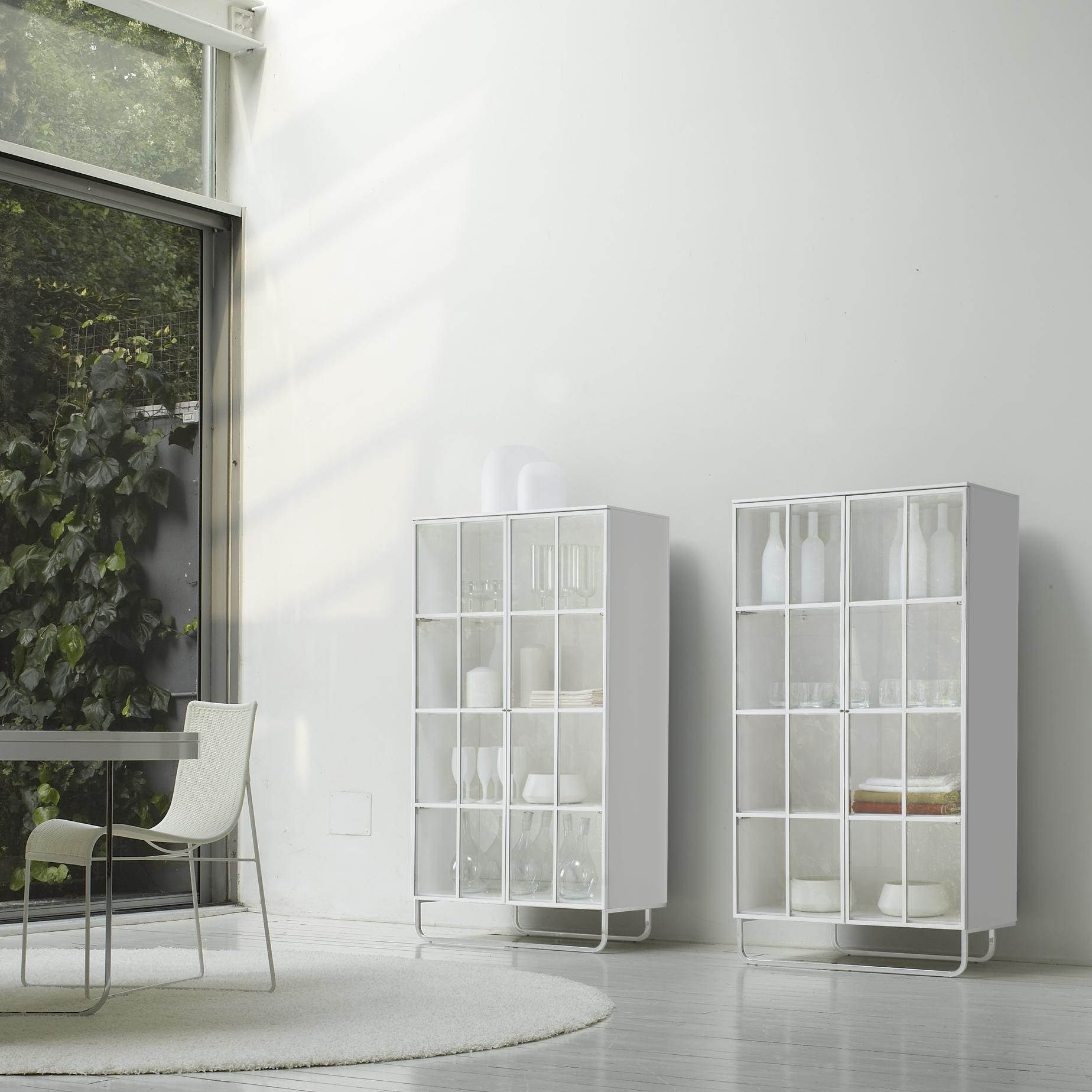 SIDEBOARD 2 DOORS + 3 DRAWERS GLOSS WHITE LACQUER Ligne Roset