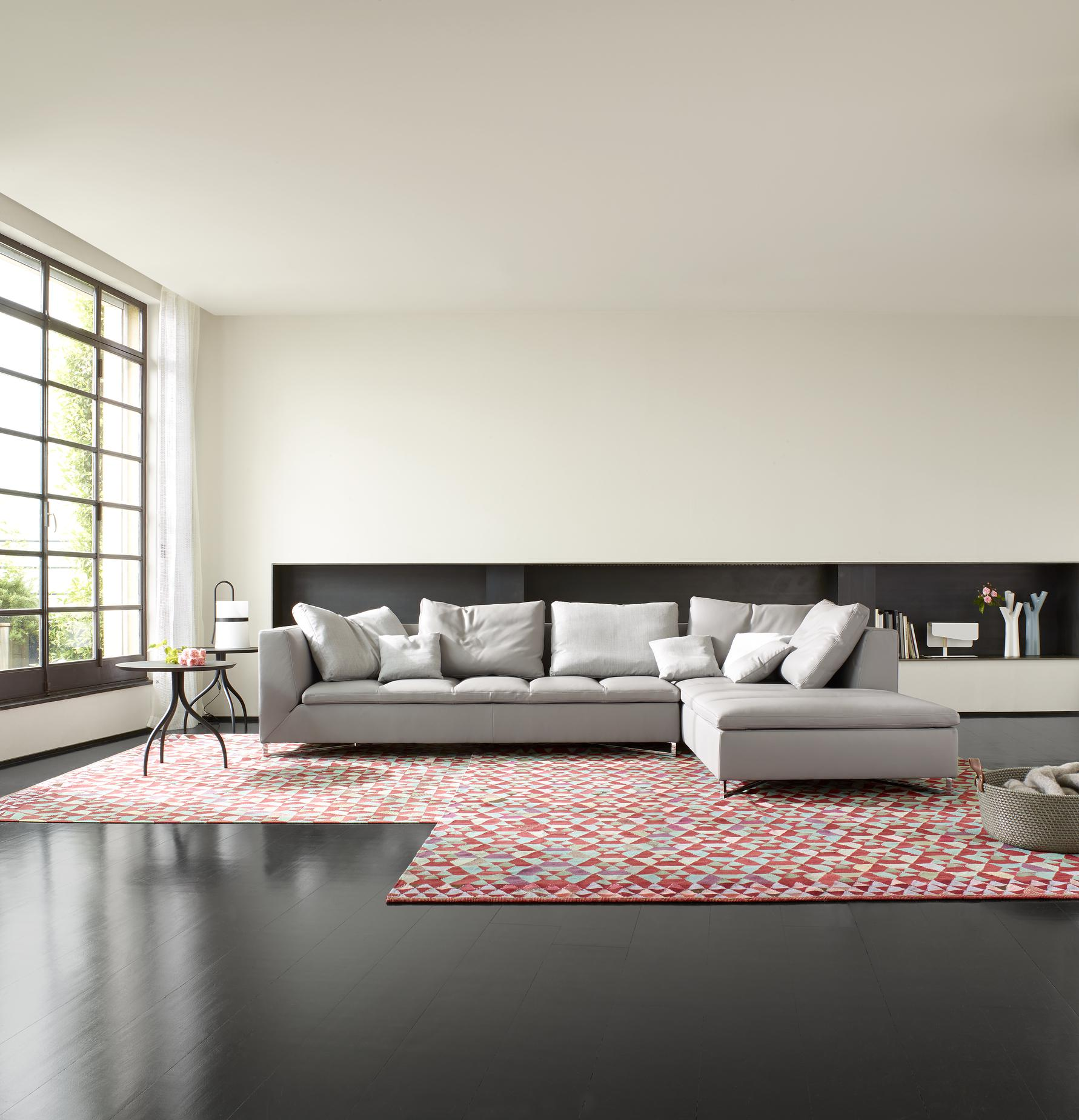 feng sofas from designer didier gomez ligne roset official site. Black Bedroom Furniture Sets. Home Design Ideas