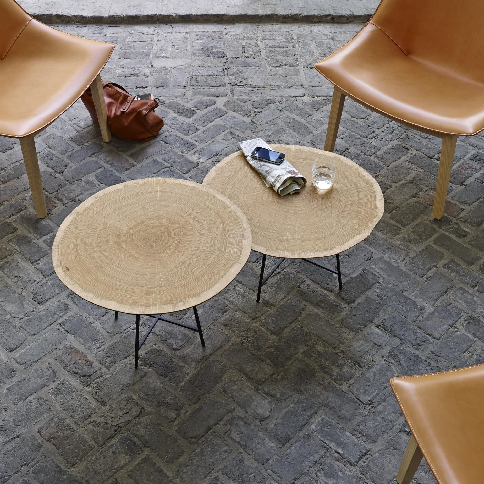 OCCASIONAL TABLE LOW VERSION  Ligne Roset