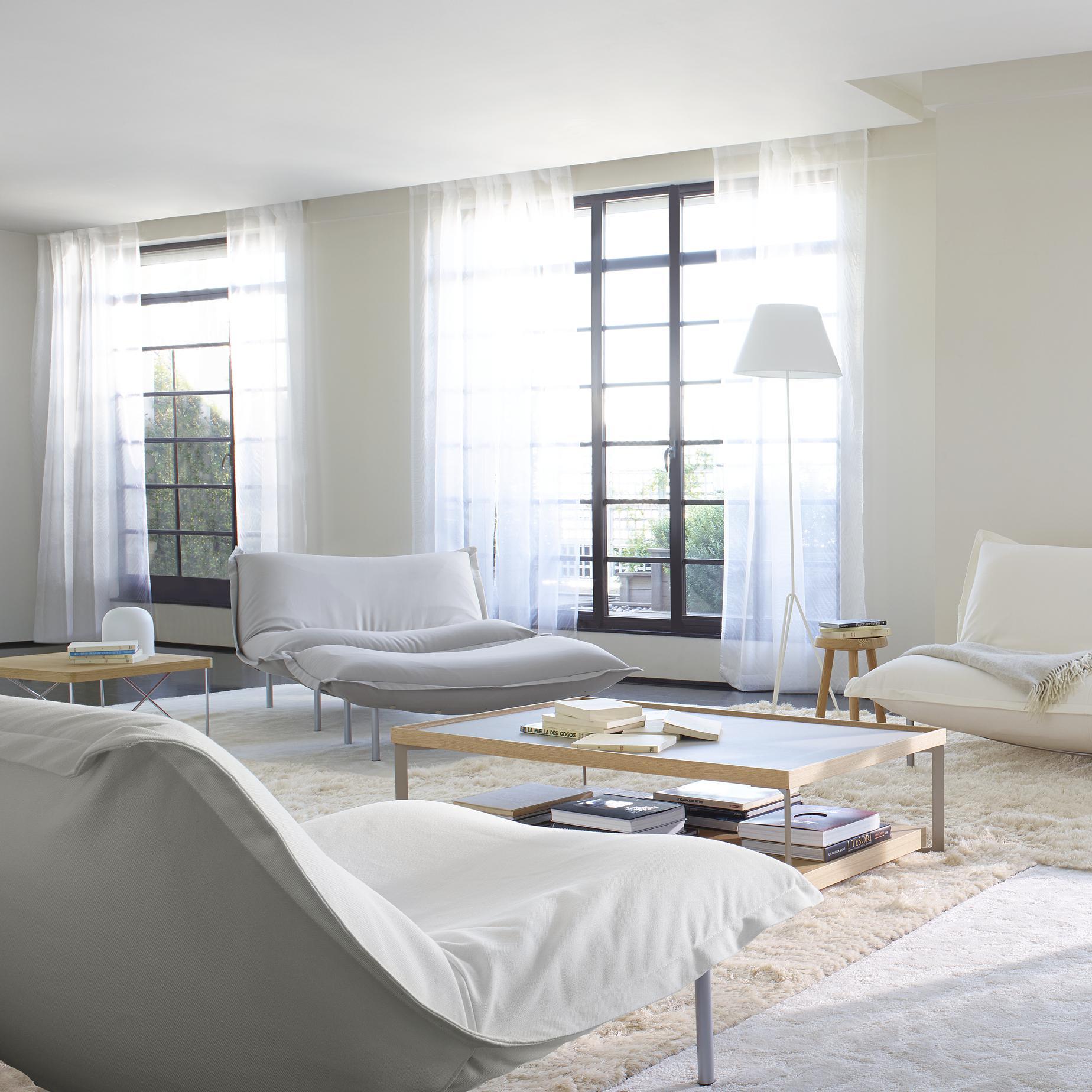 calin armchairs designer pascal mourgue ligne roset. Black Bedroom Furniture Sets. Home Design Ideas