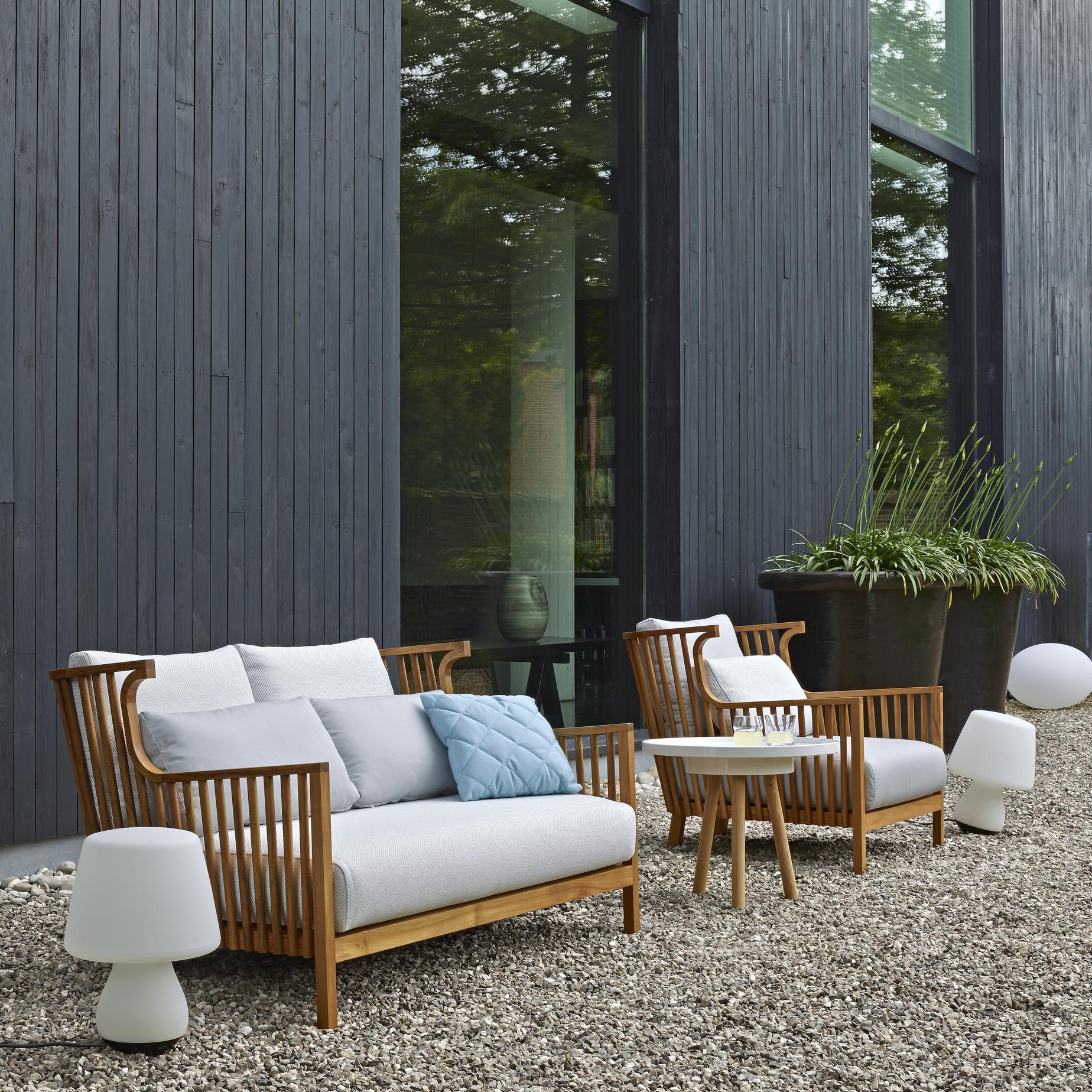 elizabeth teck sofas from designer nathan yong ligne. Black Bedroom Furniture Sets. Home Design Ideas