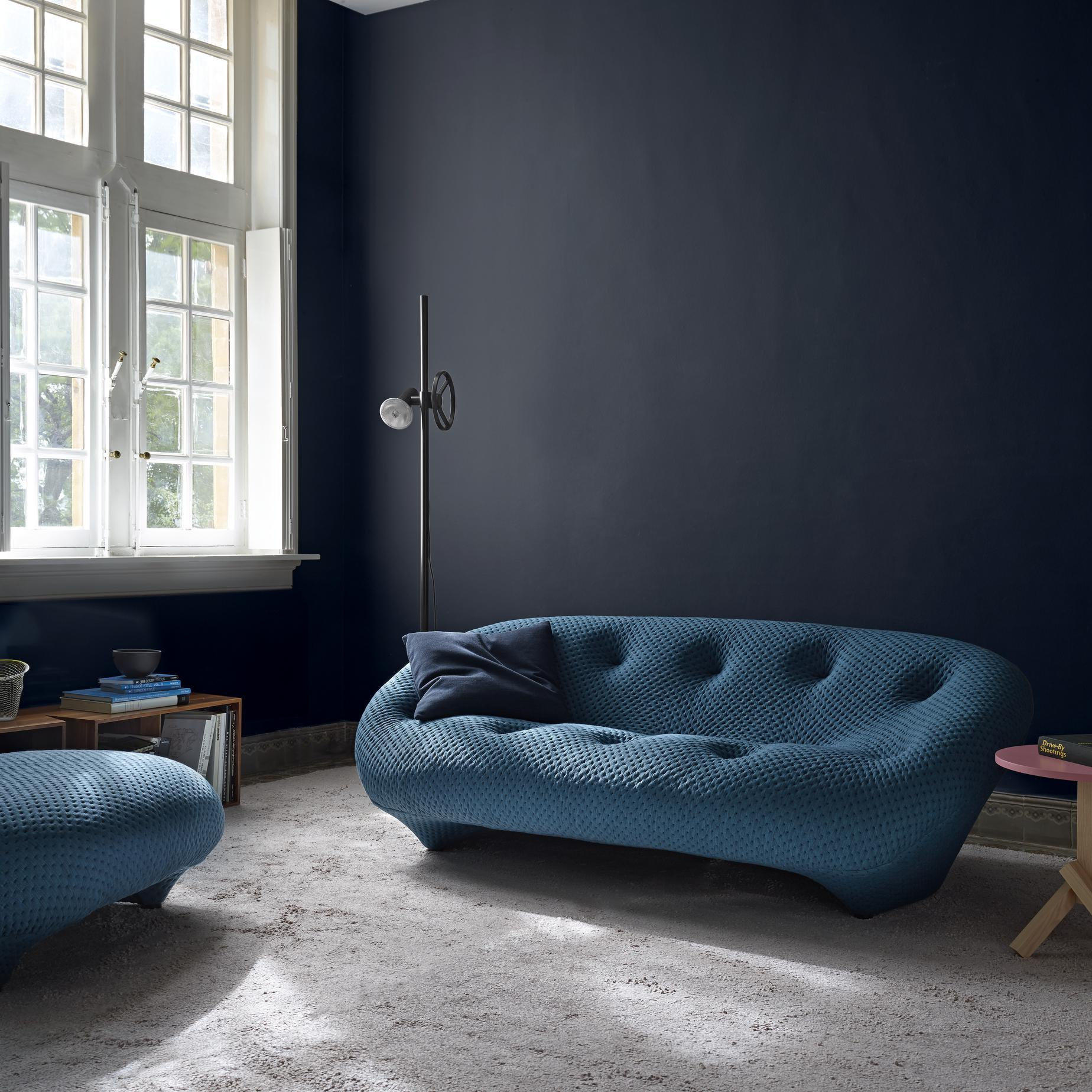 ploum sofas from designer r e bouroullec ligne roset official site. Black Bedroom Furniture Sets. Home Design Ideas