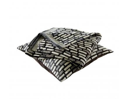 CUSHION COVER: JESSY Ligne Roset
