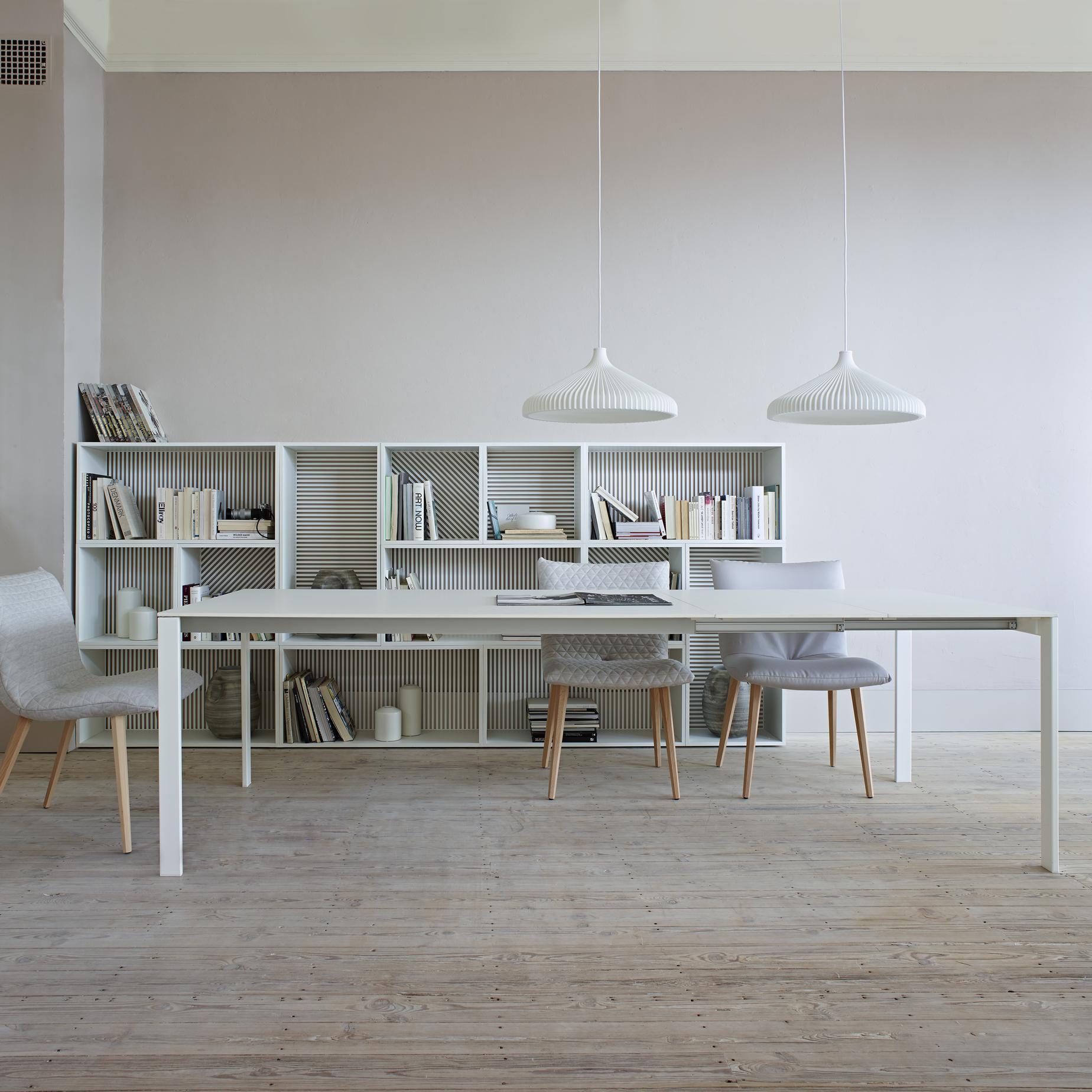 Ligne Roset Dresden allungabile, tables from designer : fattorini, rizzini & partners