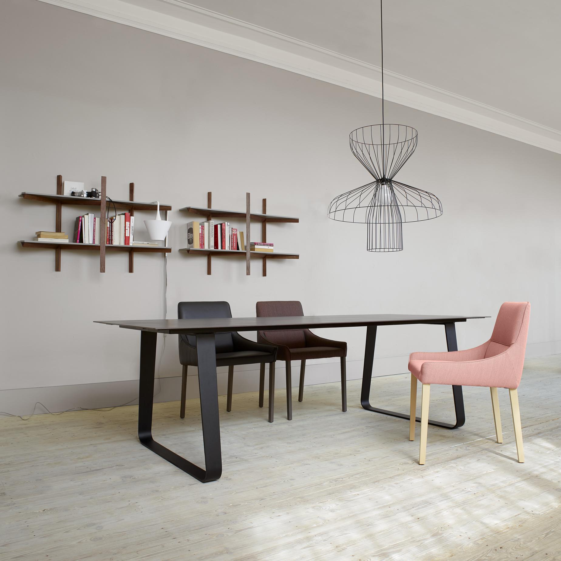 vilna tables from designer pagnon pelha tre ligne roset official site. Black Bedroom Furniture Sets. Home Design Ideas