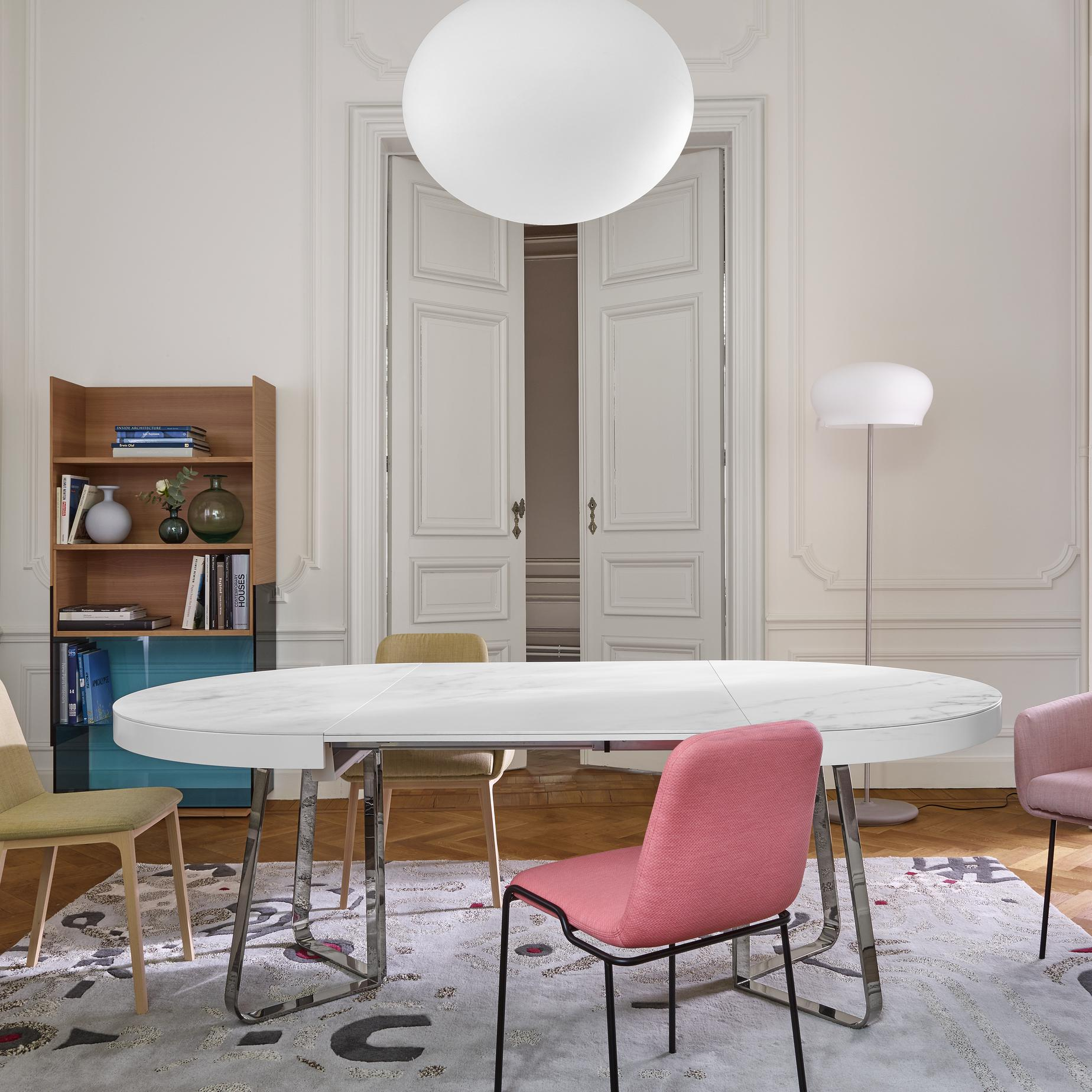 DINING TABLE GLOSS WHITE LACQUERED TOP + MATCHING EXTENSION BRILLIANT CHROMED BASE Ligne Roset