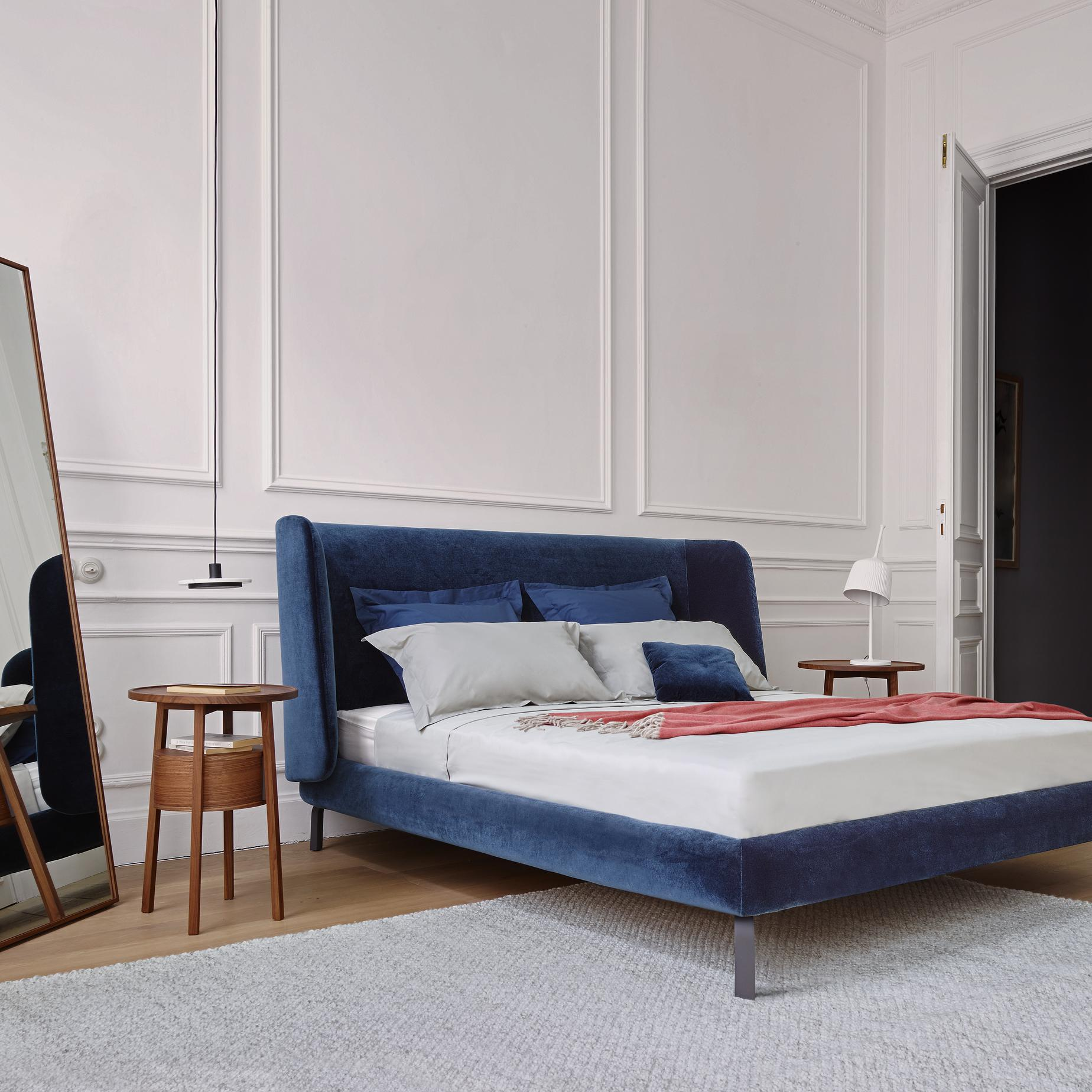 desdemone beds from designer n nasrallah c horner ligne roset official site. Black Bedroom Furniture Sets. Home Design Ideas
