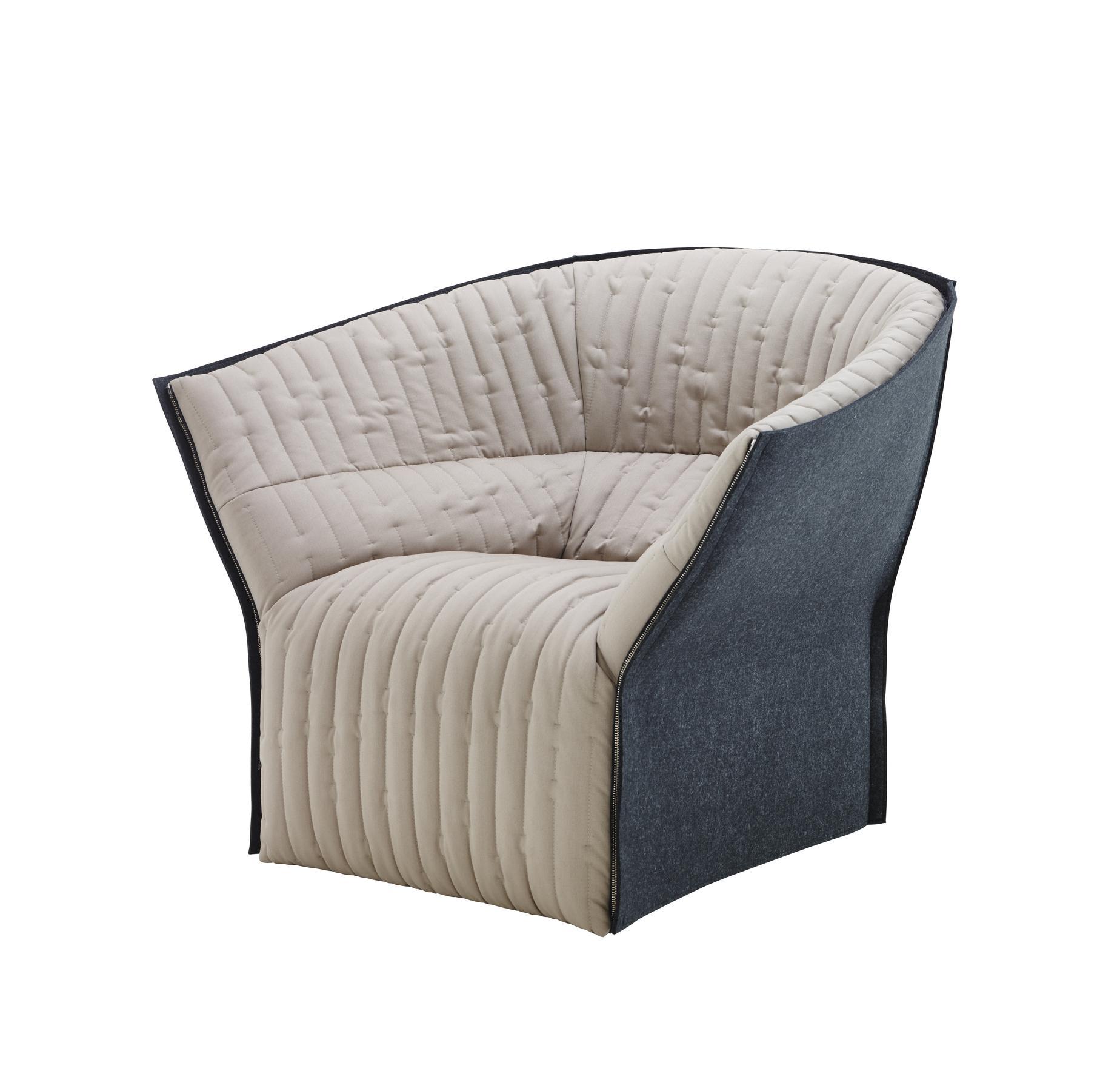 moel 2 fauteuils du designer inga semp ligne roset. Black Bedroom Furniture Sets. Home Design Ideas