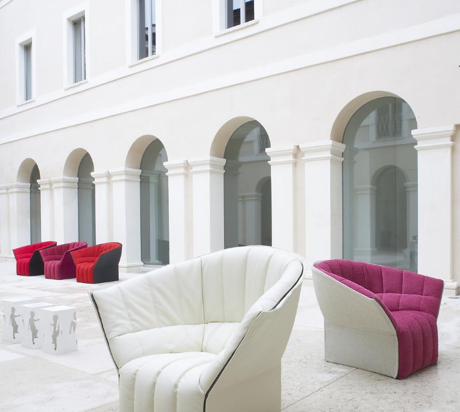 moel armchairs from designer inga semp ligne roset. Black Bedroom Furniture Sets. Home Design Ideas
