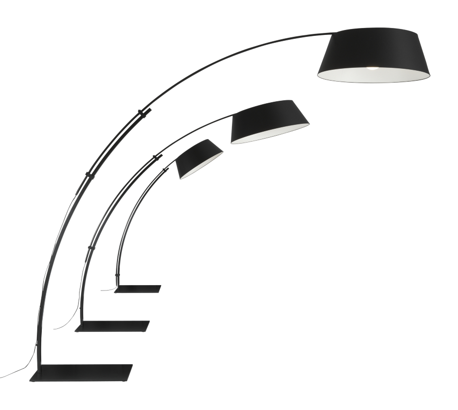 Base and stem in satin lacquered steel (white or black) with matching chintz shade. Requires 1 x E 26 23W compact fluo globe bulb Ø 3 1/2'' (not supplied). The above-indicated dimensions relate to the maximum overall dimensions when the floor lamp is 'open'. When in 'closed' position the height is 78'' and the width 521/4''. The depth corresponds to the diameter of the shade.