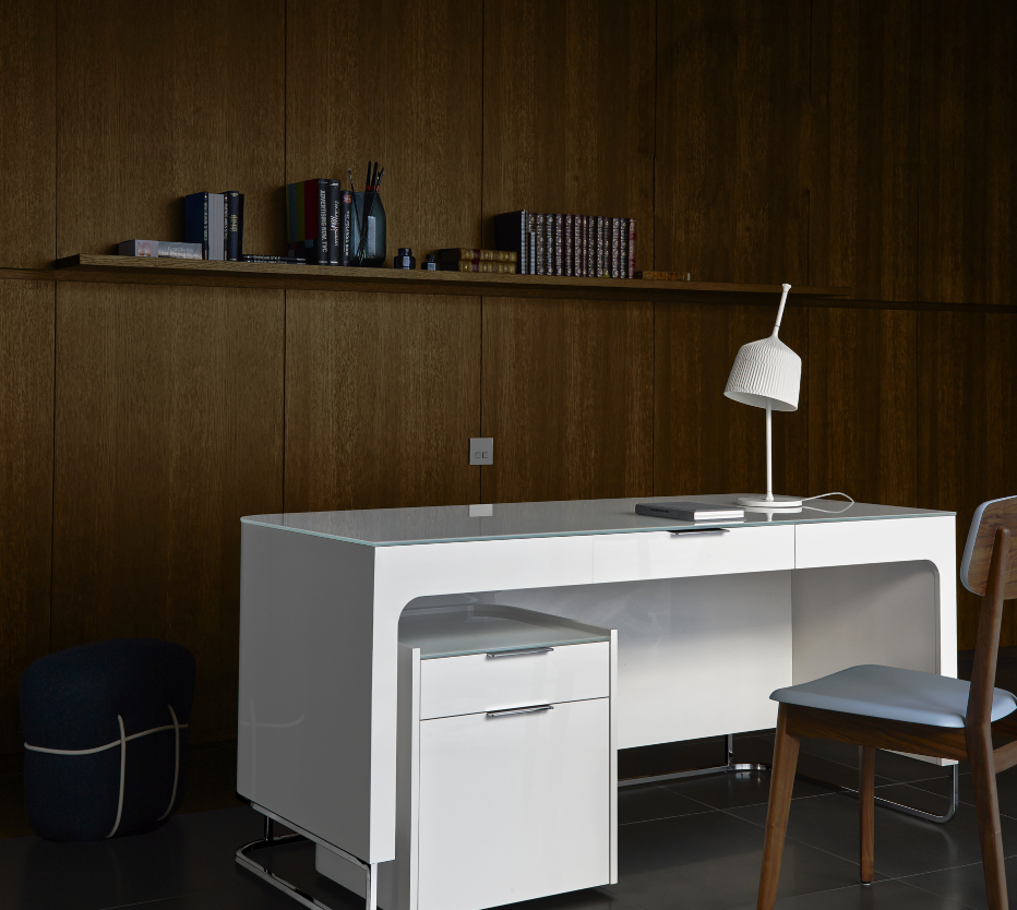 hyannis port desks secretary from designer eric jourdan ligne roset official site. Black Bedroom Furniture Sets. Home Design Ideas