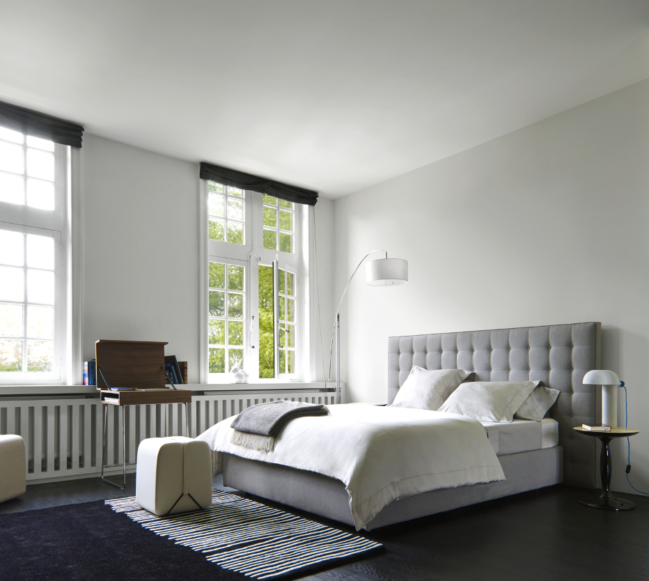 nador beds from designer ligne roset ligne roset official site. Black Bedroom Furniture Sets. Home Design Ideas