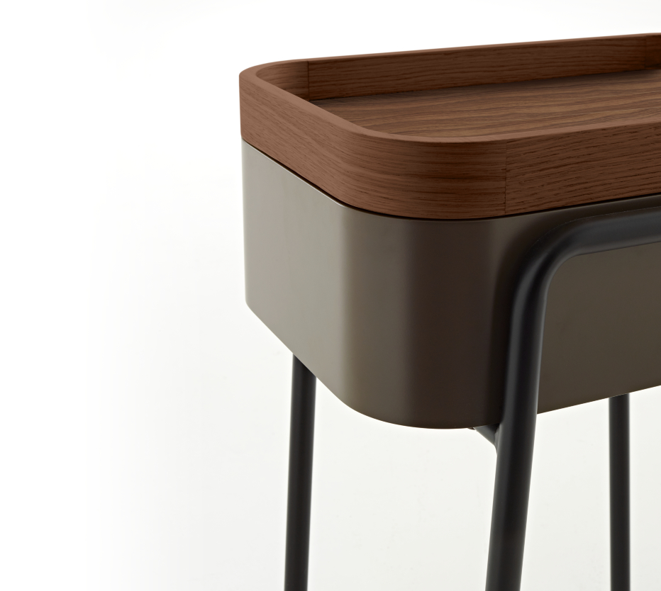 Couliss bedside tables designer philippine lemaire ligne roset for Table yoyo ligne roset