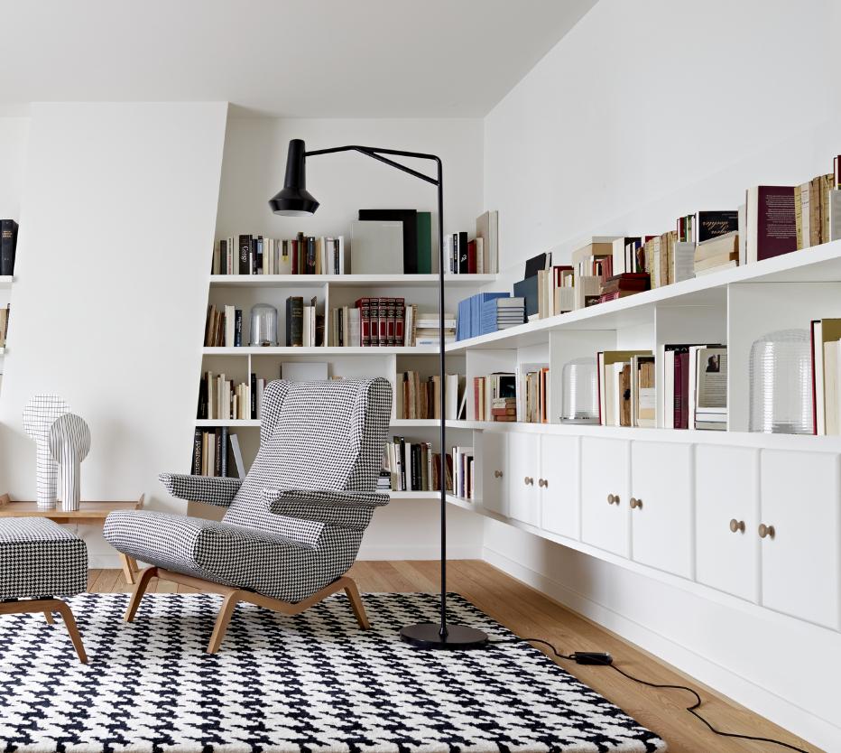 pied de coq tapis du designer ligne roset site officiel. Black Bedroom Furniture Sets. Home Design Ideas