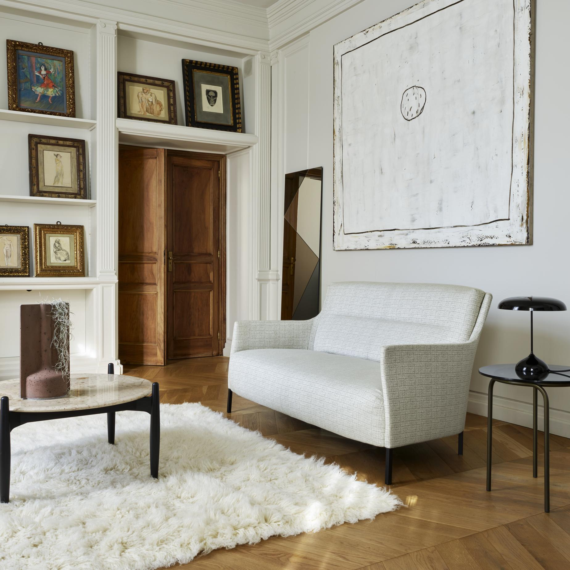Riga sofas from designer eric jourdan ligne roset for Furniture riga