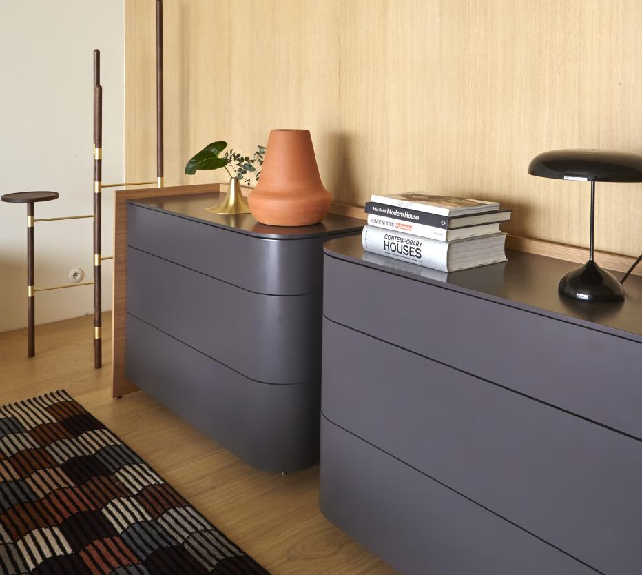 entr ves commodes du designer marie christine dorner. Black Bedroom Furniture Sets. Home Design Ideas