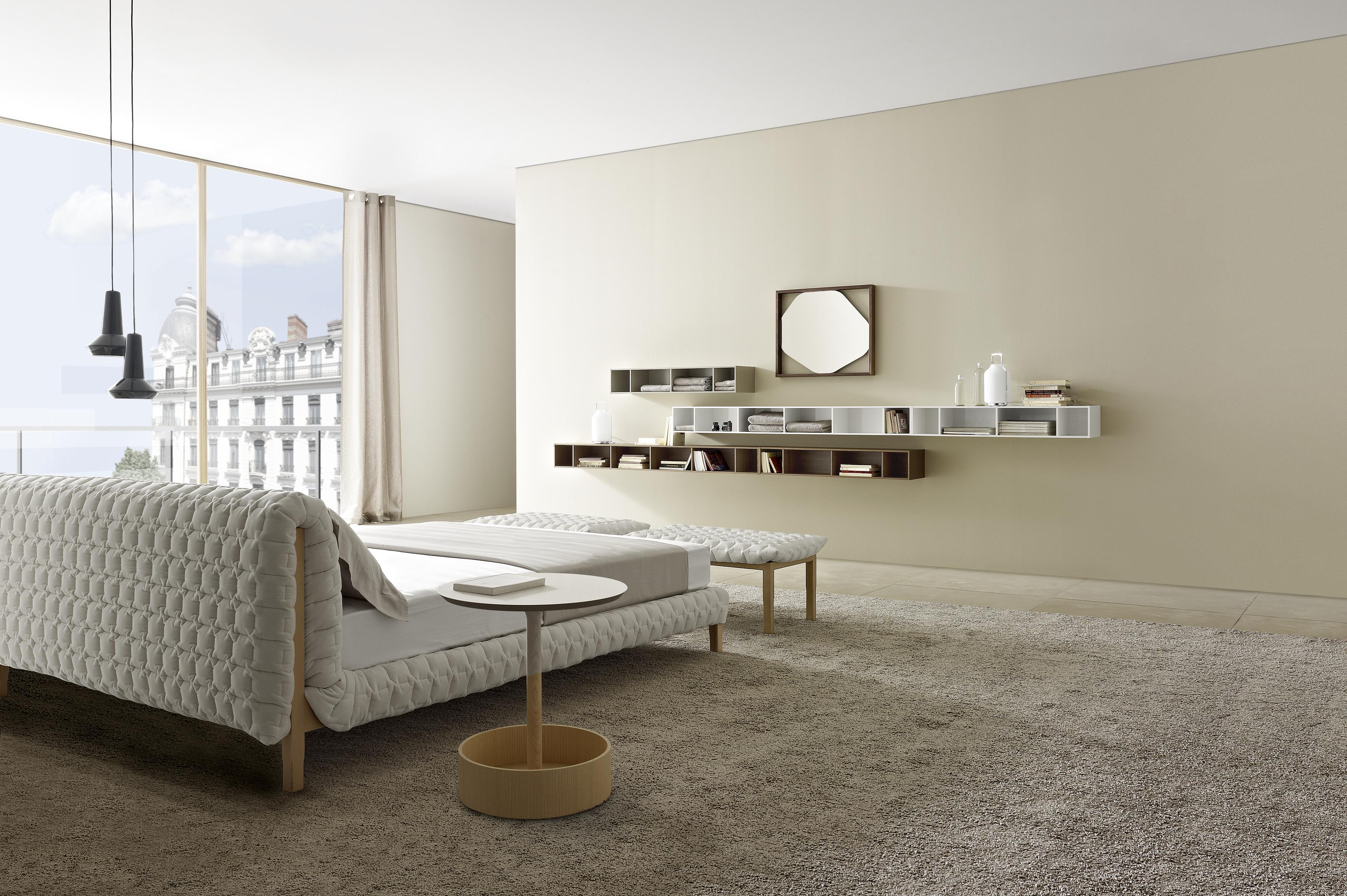 ruch beds from designer inga semp ligne roset. Black Bedroom Furniture Sets. Home Design Ideas
