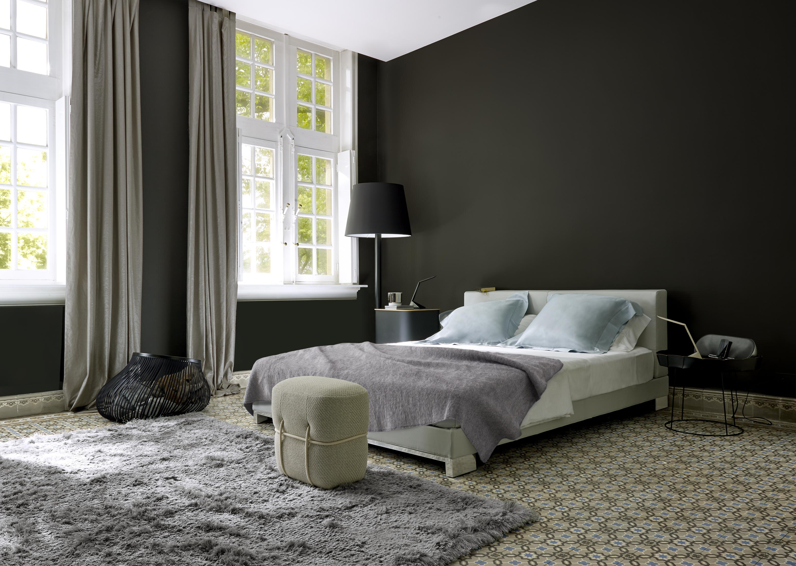 anna beds from designer christian werner ligne roset. Black Bedroom Furniture Sets. Home Design Ideas