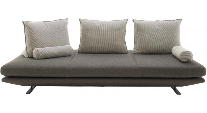 prado sofas from designer christian werner ligne. Black Bedroom Furniture Sets. Home Design Ideas