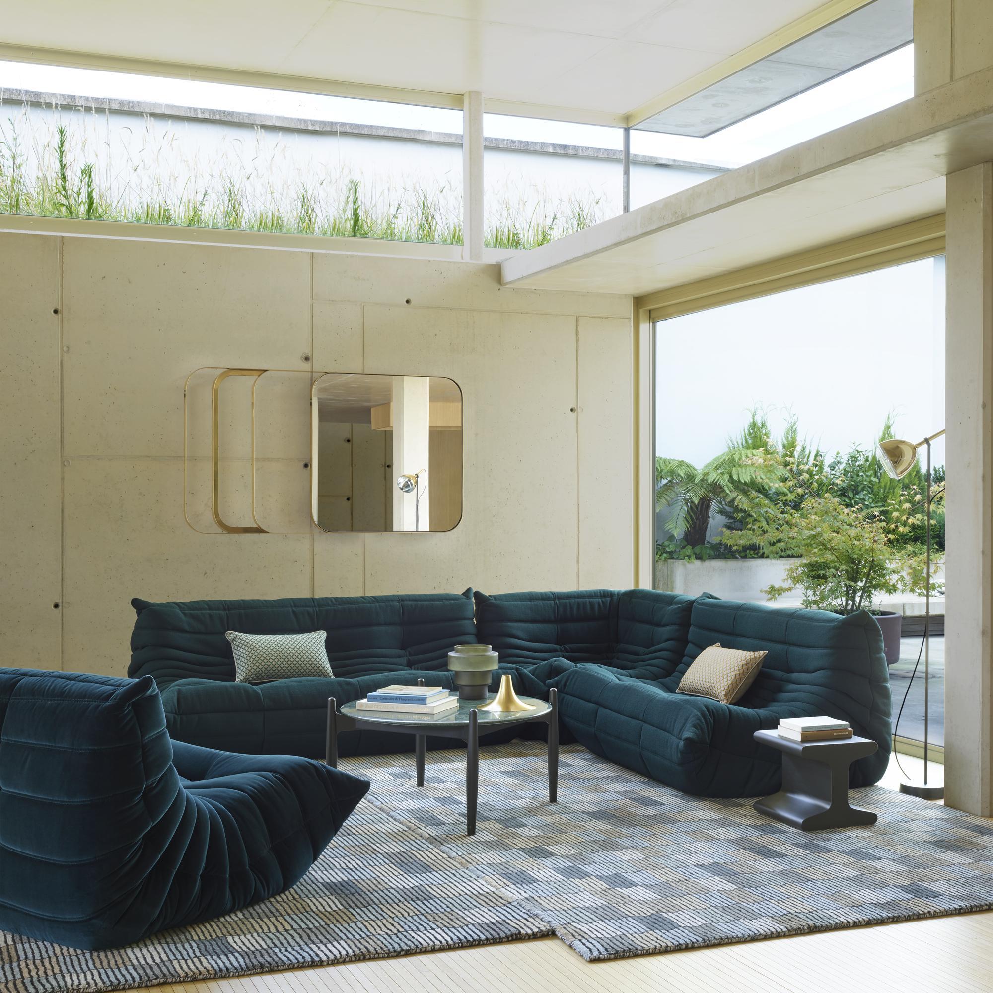 Design Salontafel Ligne Roset.Caffe Occasional Tables From Designer Benjamin Voisin Ligne